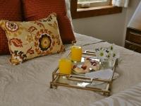 fb-exp-bfast-bed-2