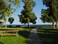 park-on-lake